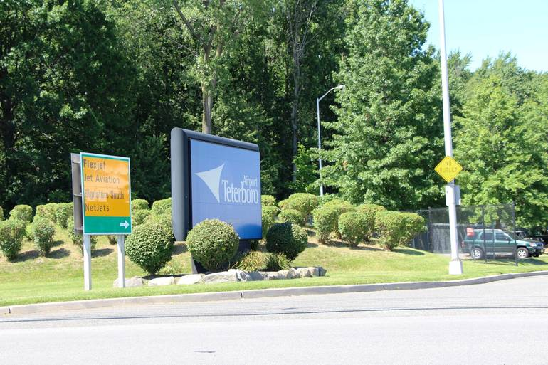 Teterboro Airport sign