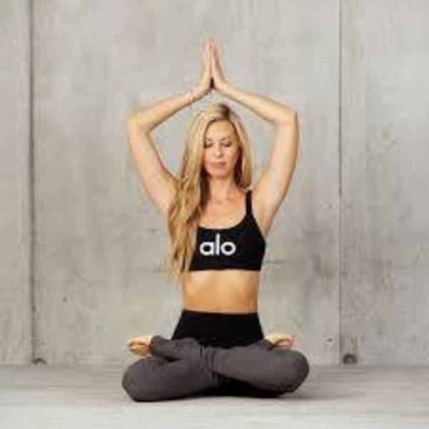 facebook.com  Yoga.jpg