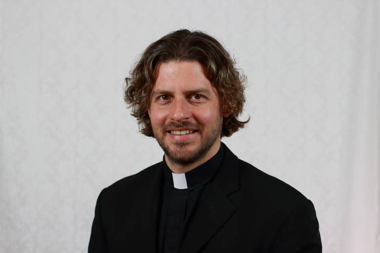 Father Andy Portrait - final - i-SpxTPpd-4K.jpg