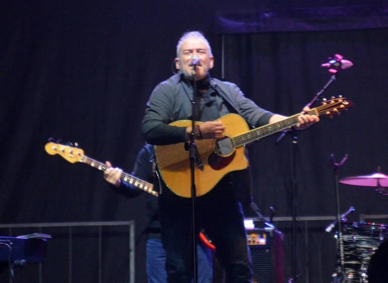 Fanwood's Glenn Stuart fronts the B Street Band.png