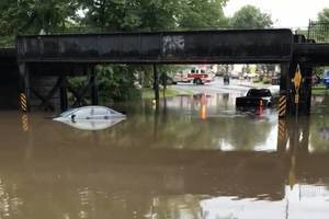 Maplewood Strollers Encourage All to Help Montclair Theatre's Flood Recovery Efforts