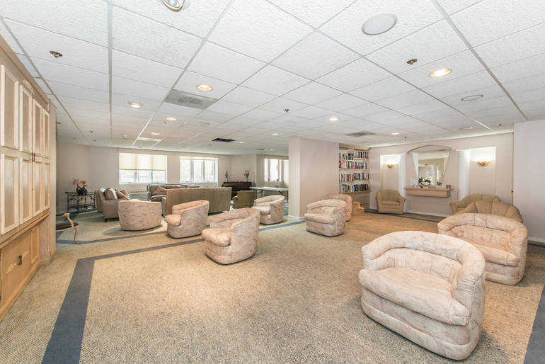 Clean & Spacious 2 Bedroom Condo for Sale