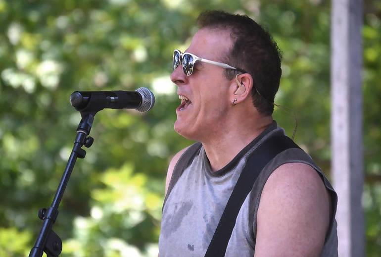 B Street Band singer Glenn Stuart is a Fanwood resident
