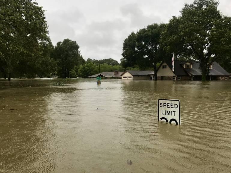 Coastal Flood Warning in Effect Until 5 p.m. Monday