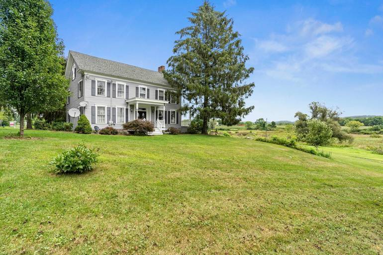 For Sale- 129 Plains Road Frankford