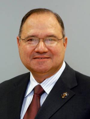 Union County Freeholder Vice Chair Estrada Announces Retirement Effective Sept. 1