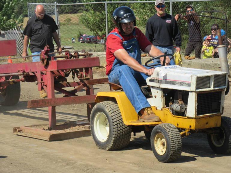 Garden Tractor.JPG