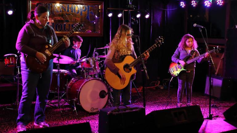 Bridgewater's Green Planet Band Set to Perform at Somerville Cafe