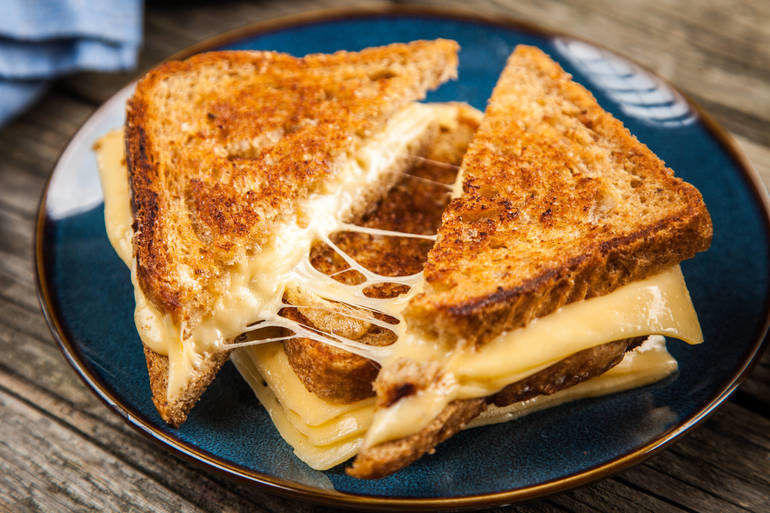 10 Easy Tricks for Making the Best Grilled Cheese Sandwiches