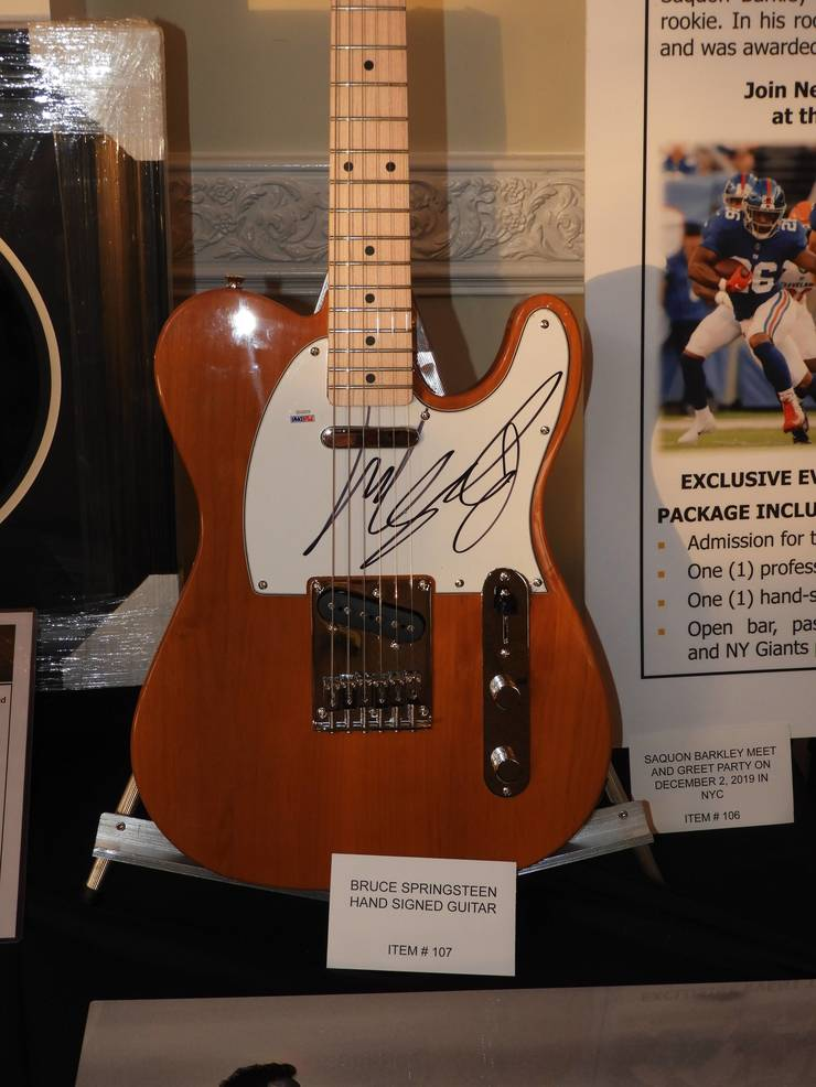 Guitar signed by Bruce Springsteen.jpg