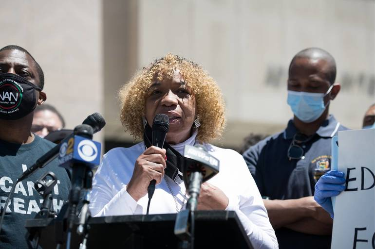 Eric Garner's Mother Will Lead New Brunswick Protest With a Heavy Heart
