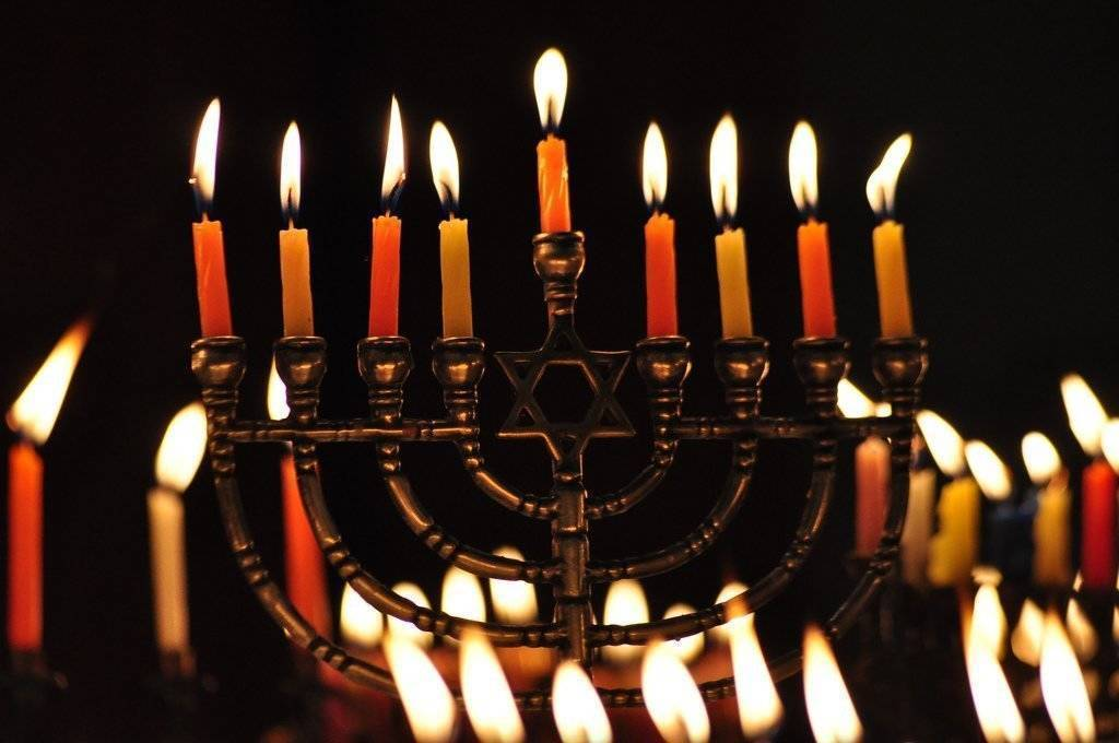 Celebrate Hanukkah with Temple Ner Tamid in Bloomfield This Friday Dec. 7