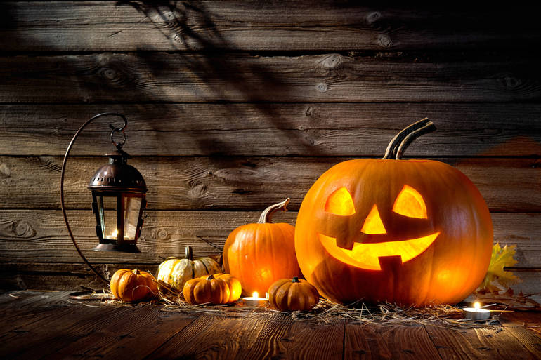 Roseland Holding Pumpkin Decorating & Carving Contest