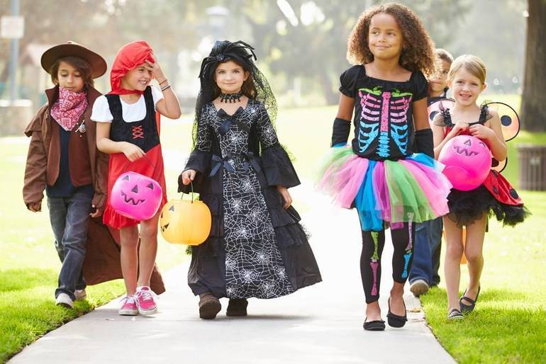 It's Friday, not Halloween, for Roxbury Trick-or-Treating