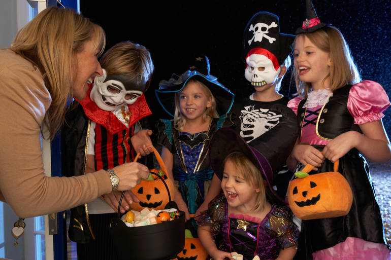 Springfield Mayor Capodice Urges Smart Decision Making During Trick-or-Treating