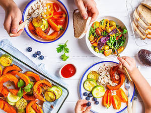 Healthy Food Tips for Family Meals and Wintertime Well-Being