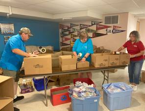 Hillsborough Church Youth Group Packs Gift Boxes for US Troops