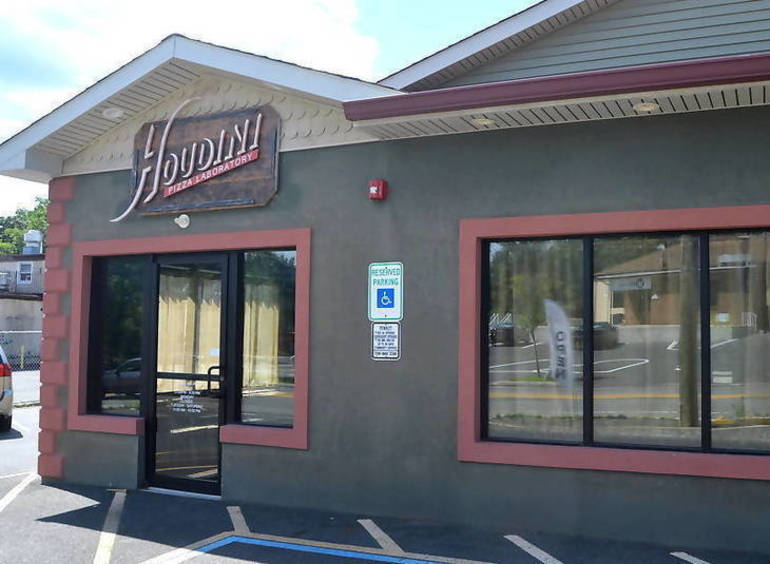 Houdini Pizza in Fanwood Closes After Staff Member Tests Positive