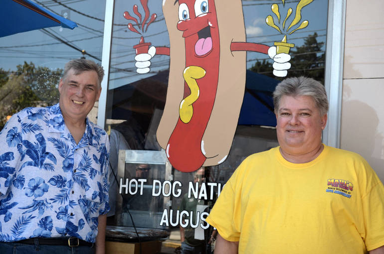 Hot Dog Nation Tour Organizers.png