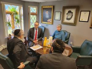 Rutgers President Holloway Meets with Some Campus Jewish Leaders