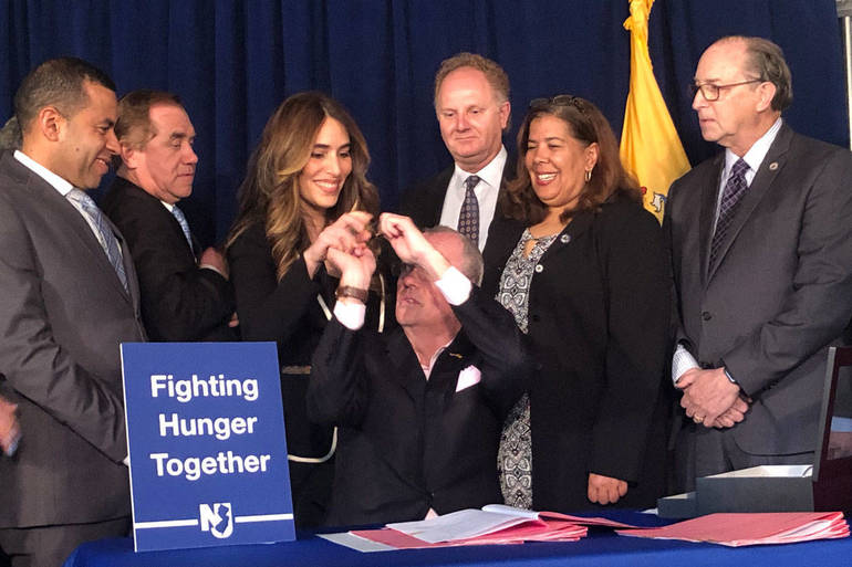 HungerLegislation1200x800.jpg