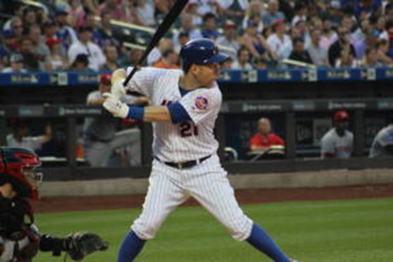Mets' Todd Frazier Talks Jersey Roots, Benefits of Playing Close to Home