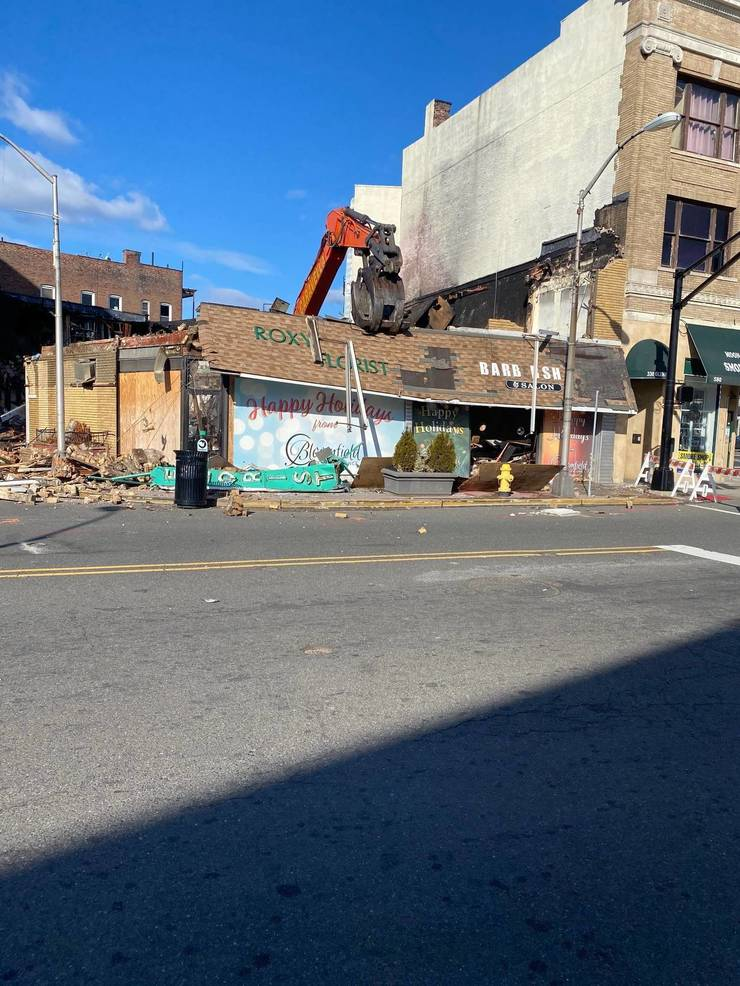 Bloomfield's Roxy Florist Building Taken Down; Sustained Significant Damage from 2020 Blaze