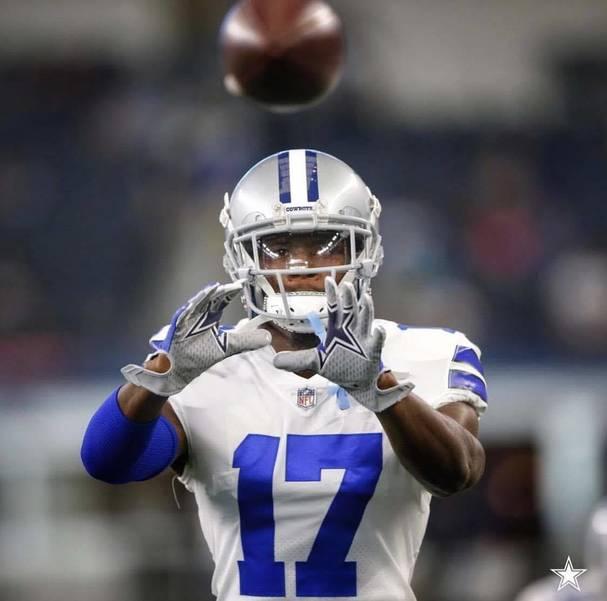Dallas Cowboys Wide Receiver Honors Stoneman Douglas