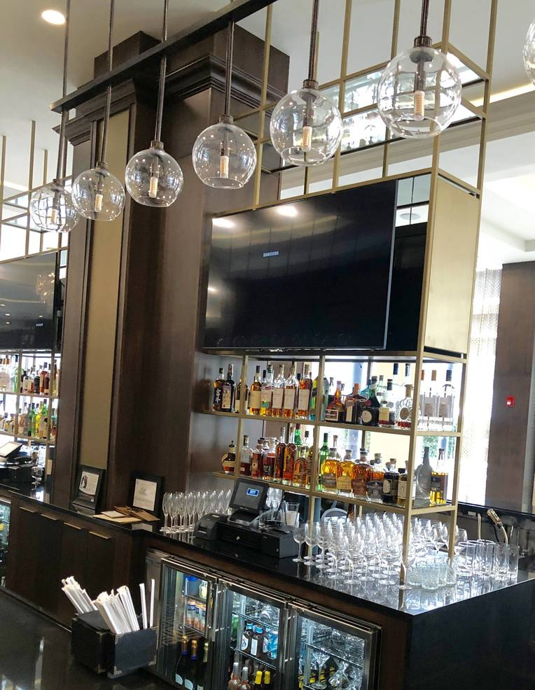 """Orchard Park: Chef David Burke Opens """"a Majestic Place"""" in East Brunswick"""