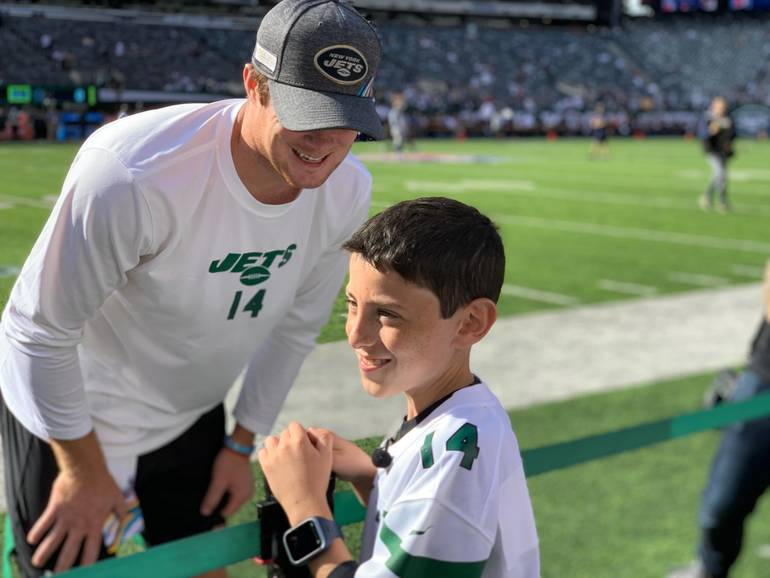 New York Jets QB Sam Darnold and Ethan Geller