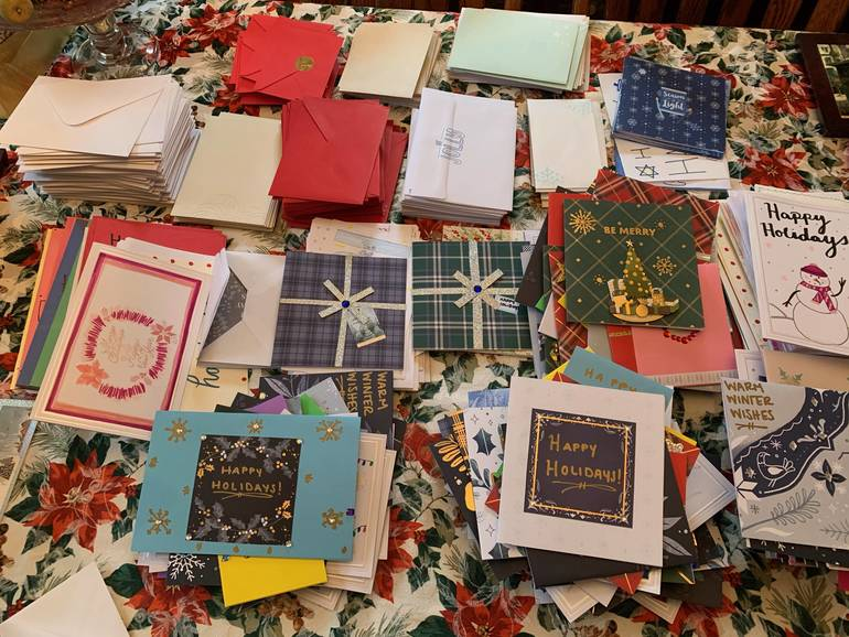 Alzheimer's Association Continues to Fight Social Isolation with Holiday Card Initiative