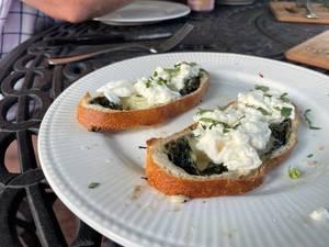 Farmers' Market Cheesy Bread Appetizer