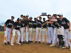 Ridge Downs Franklin, 5-2, to Win Sectional Championship