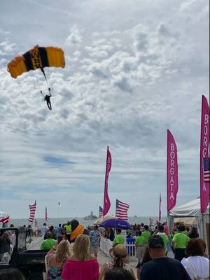 Atlantic City Airshow Wows Hundreds of Thousands