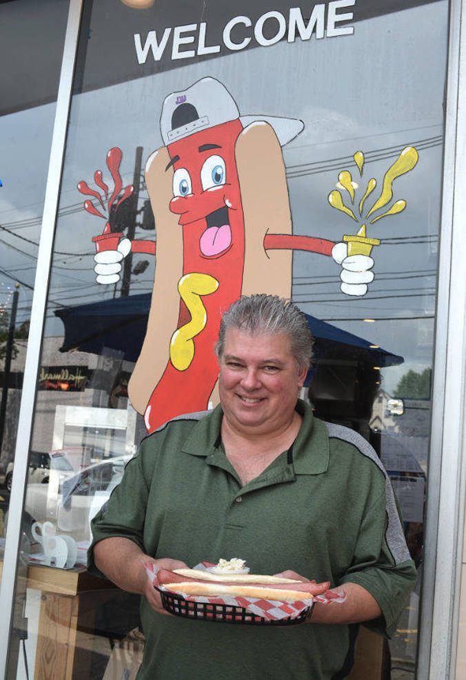 John Fox, co-organizer of the Hot Dog Nation Tour of NJ.png