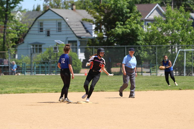 HS Softball:  Hasbrouck Heights Edges Hawthorne, 11-8 Behind Stellhorn's Four Hits
