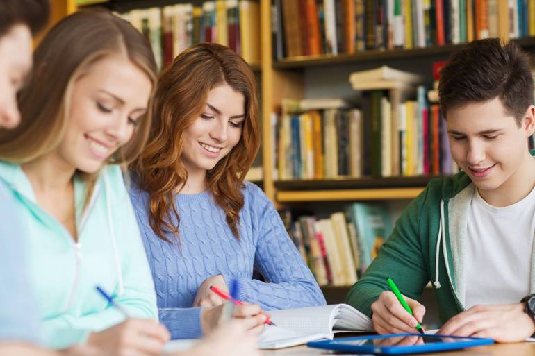 Area Students Named to Stockton University Dean's List