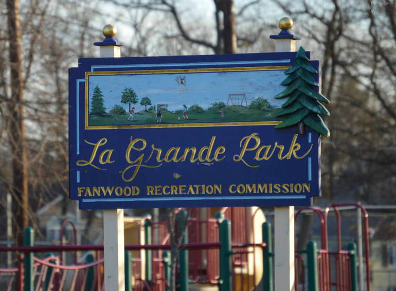 Willow Grove Church Worship and Picnic at LaGrande Park Sept 23