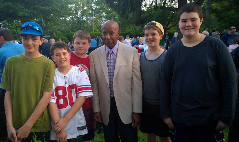 Malcolm Nettingham with boys.jpg