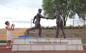 Carousel image e8341e0038550d2059c2 7e5ef525590b7d114ef4 marc mellon s jackie robinson george shuba  handshake of the century  statue unveiled in youngstown  oh