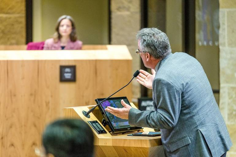 Town Council Approves a Committee of the Whole for Extensive Budget Analysis