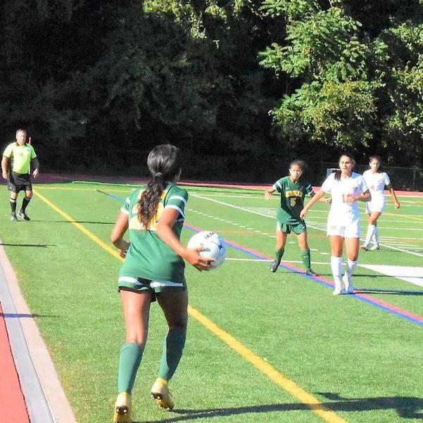 MKHS Girls Soccer 09172019.04.JPG