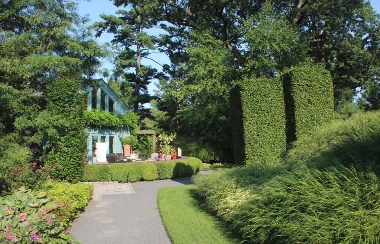 Mountsier Hardie Garden o.JPG