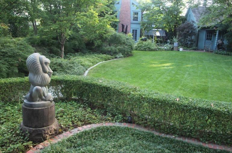 Mountsier Hardie Garden l.JPG
