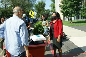 Even Under the Face Masks, Were Excited Smiles at Rutgers' Move-In Day
