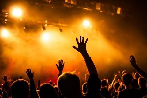 Volume Up To Headline Benefit Concert At Spotswood High