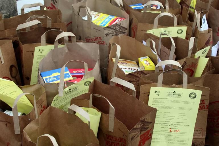 NFSB Nutley Family Service Bureau Food Drive 017.jpg