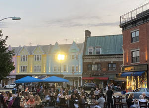 Restaurants Offer Entertainment, Outdoor Spaces to Bring Back Diners