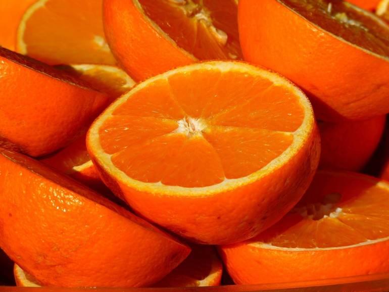 8e2cc2b26491816f82bf_836cec402e0ddaede779_orange-15046_1920.jpg