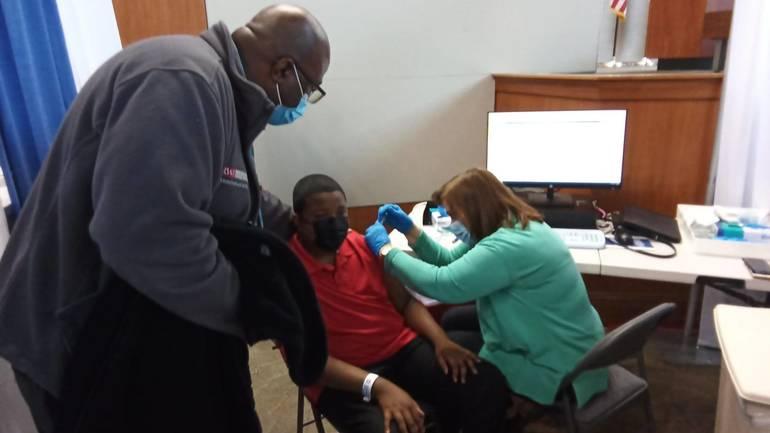 Robert Wood Johnson University Hospital Begins Vaccinations for Juveniles